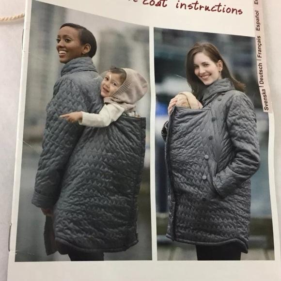 07a83303ee8 Ergo baby Jackets   Blazers - Ergo baby carrier papoose coat - size medium